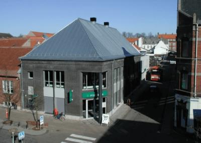 Zink tag på Jyske Bank
